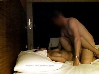 fucking bareback  a married thai milf